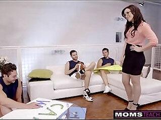 jav  mother  ,  stepmom  ,  sucking   porn movies